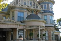 Victorian Homes / Homes