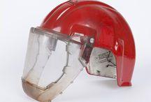 Hjelm / Helmet