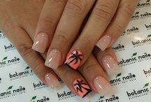 Gel nails / by Jessica Ramos