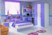 Bedroom decorate / Purple wall with modern furniture bedroom decorating designs