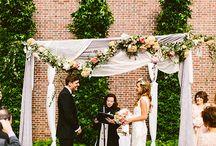 I love love Backdrops / Beautiful Wedding backdrops