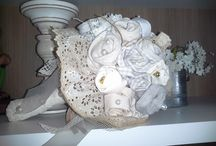 Buque para noivas - flores de tecido / Buque 100% artesanal composto com flores de diversos tipos e texturas de tecidos. Luxo e requinte para noivas que gostam de inovar em grande estilo.