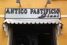 Antico Pastificio Gizzi / L'Antico Pastificio Gizzi, situato nel centro storico di Frosinone, è il primo pastificio nato in tutta la ciociaria nel lontano 1958 quando ancora tutte le famiglie facevano la pasta in casa e quindi proprio per questo molto avanti con i tempi.