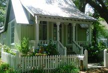Cottages/exteriors