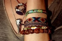 {Jewellery Stuff} / Quirky and bohemian style, that I adore.  / by Liza Bain