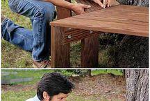 ławka wokol drzewa