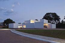 BRASILIA / BRASILIA BUILDINGS AND HOUSES