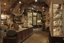 Musée du Chocolat - Maison Hirsinger / Possibilité de visite guidée de l'atelier de fabrication et de l'espace musée : sur réservation préalable pour les groupes et sur inscription pour les individuels auprès de l'office de tourisme d'Arbois (en juillet/août uniquement).
