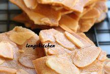 almond tuile/cookies