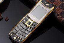 Vertu V430 / Điện thoại Vertu V430 thiết kế sang trọng đẳng cấp. Giảm giá ngay 25% giá trị sản phẩm Vertu V430 khi đặt hàng qua Hotline: 090 6688 560
