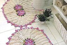 Hauskoja mattoja virkaten ja muuten
