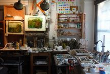 Artist's Studio - home and studio of artists David Ladmore and Laurie Ladmore / pictures of the home and studio of artists David Ladmore and Laurie Ladmore with images of work in progress, finished paintings, materials and tools