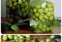 Olives in salamoia