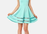 Dresses / by Sarah Eaton