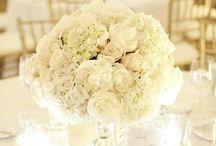 White Wedding Ideas / Classic white wedding inspiration.