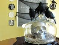 Halloween Crafts & Decor