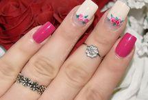 Nail Art Compilation / Mes créations nail art basées sur des techniques simples et efficaces pour permettre à toutes personne intéressée de faire soi même de joli créations. Retrouvez mes tutoriels nail art su ma chaine Youtube https://youtu.be/X9qlB5R-m_U