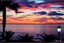 Mojácar / Mojácar es uno de los pueblos más bonitos de España, su encanto morisco y su ambiente cosmopolita lo convierten en un lujar mágico para pasar unas vacaciones o realizar una escapada de fin de semana: playa, golf, paradisiaco entorno en  el Parque Natural Cabo de Gata Nijar...no te lo puedes perder.