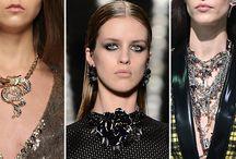10 Tendencias y Consejos Para Encontrar el Collar Perfecto / Aprende a escoger el collar perfecto en la nueva temporada con nuestros consejos: https://tendenciasjoyeria.com/10-tendencias-y-consejos-para-encontrar-el-collar-perfecto/