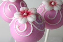 All about cake pops / by Benita B