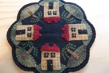 Penny Rugs. Table Toppers and Runners / There is something about American Folkart that conjures up images of hearth and home. I often find that it's the small touches in a home that speak the loudest. This board is a collection penny rug ideas to try out or be inspired by