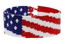 beads :: patriotic / red, white & blue beading patterns / by Peggy