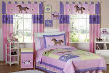 Horse Themed Kids Bedrooms / Ideas and Hints on how to decorate your kids bedroom with a horse theme