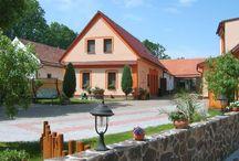 Penzion Říše Třeboňsko / Accommodation South Bohemia / Penzion Říše nabízí komfortní ubytování na Třeboňsku. Přijeďte si užít dovolenou doprostřed nádherné přírody.