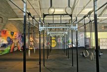 Our gym / We have the very latest equipment and highly experienced coaches at CrossFit 1971. Take a look at our gym.