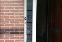 Cricut raamfolie met tekst of afbeelding / Familienaam of afbeelding bij de voordeur of een spreuk of tekst op het raam...er is veel mogelijk ook naar eigen idee!!
