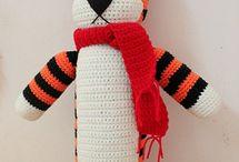 Crochet & knitting items, accessories & supplies