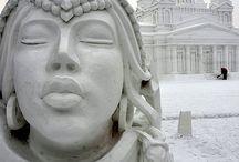 Скульптура снег