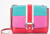 Paula Cademartori / Benvenuti...in questo spazio potrete trovare tutte le nostre migliori borse PAULA CADEMARTORI acquistabili direttamente on-line sul sito www.abzan.com a prezzi scontati fino al 70%!