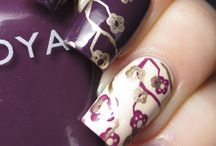 Beauty:Nails / by Michelle Strawser