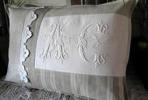 coussins vieux tissus