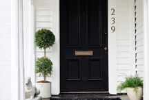 Front Porch & Exterior / Homes from the outside