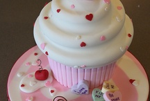 Valentine cakes and cookies