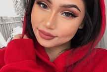 Makeup besties