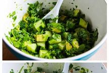 Best Salad Recipes / Only the best salad recipes. Easy salad recipes, delicious salad recipes, simple salad recipes. Check out some of the best salad recipes on Pinterest!