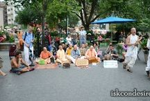 Harinam Sankirtan with HH Radhanath Swami and Dhanurdhara Swami at Union Square, New York