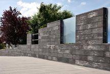 Beton kombiniert mit Glas, LED und Edelstahl