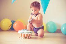 CAKE SMASHED / Servizi fotografici per festeggiare il compleanno dei piccolini con una giornata davvero speciale, all'insegna di divertimento, torta ovunque, bandierine e palloncini colorati :-)