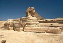 Forntida Egypten / Fördynastisk tid (före omkring 3000 f.v.t.) Gamla riket (2650 f.v.t.-2150 f.v.t.) Mellersta riket (2060 - 1795 f.v.t.) Nya riket (1550 - 1070 f.v.t.)