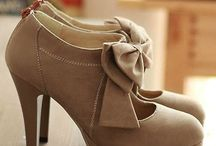 Fashion - Shoes - Dress / Heels  Flats Dress Shoes / by Casey Norris