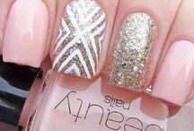 Nails / by Hannah Jorge