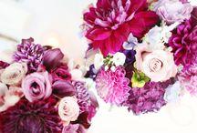 Vestuvės. Puokštė Jaunosios / Vestuvinės puokštės – tai gražiausių gėlių kompozicijos, subtilių ir tobulai derančių tarpusavyje spalvų bei kvapų harmonija arba tiesiog būtina vestuvių puošmena. Tiek nuotakos puokštė, tiek puoštė pamergei, tiek ir kitos gėlės vestuvėms turi būti parenkamos itin kruopščiai, atsižvelgiant į daugybę niuansų. / by Pūkuotas Vėjas gėlių namai