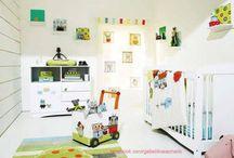 Bebek Odası Dekorasyonu / Bebek odası takımları, halıları, perdeleri, beşik modelleri kısaca bebek odası dekorasyonu tasarım fikirleri. Bebeklerinize özel birbirinden harika bebek odaları. http://www.gebelikveannelik.com/bebek-odasi-dekorasyonu