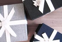 GiFtInG & FaVorS / by Stephanie Taylor