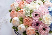 bolos floridos......