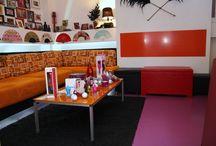 Tapersex / Reuniones Tapersex, en la misma tienda, disponemos de un espacio discreto y agradable para que reunas con tus amig@s y te pongas al dia de las novedades en juguetes y cosmetica erotica.